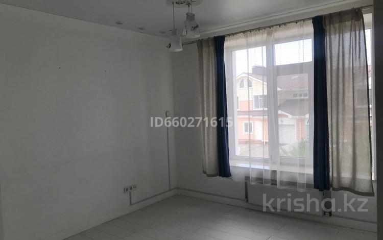 3-комнатный дом помесячно, 147 м², 3 сот., Ханшайым Суюнбике 11 за 500 000 〒 в Нур-Султане (Астана), Есиль р-н