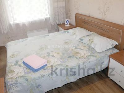 2-комнатная квартира, 45 м², 4/5 этаж посуточно, Абая 16 — Желтоксан за 8 000 〒 в Алматы, Алмалинский р-н