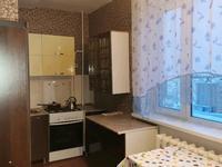 1-комнатная квартира, 54 м², 8/10 этаж помесячно, 10-й микрорайон 21 за 100 000 〒 в Аксае