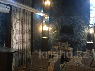 3-комнатная квартира, 60 м², 1/4 этаж посуточно, Мечникова 154 — Толе би за 16 000 〒 в Таразе