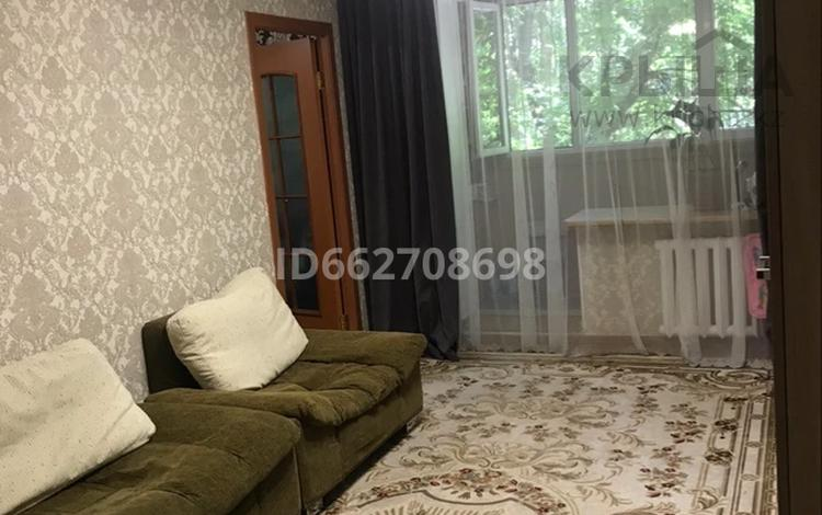 2-комнатная квартира, 42.5 м², 2/5 этаж, мкр Айнабулак-3 120 за 17.5 млн 〒 в Алматы, Жетысуский р-н