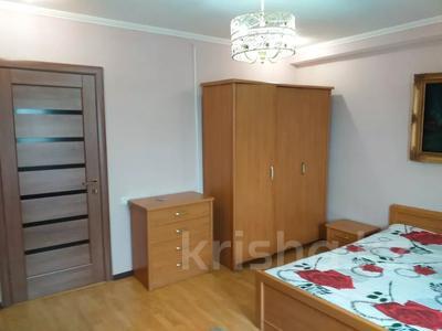 2-комнатная квартира, 45 м², 5/12 этаж посуточно, проспект Тауке Хана 29 — проспект Кунаева за 7 000 〒 в Шымкенте — фото 6