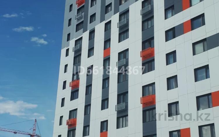 1-комнатная квартира, 37 м², 6/12 этаж, Е-22 2 — E-51 за 13.5 млн 〒 в Нур-Султане (Астана), Есиль р-н