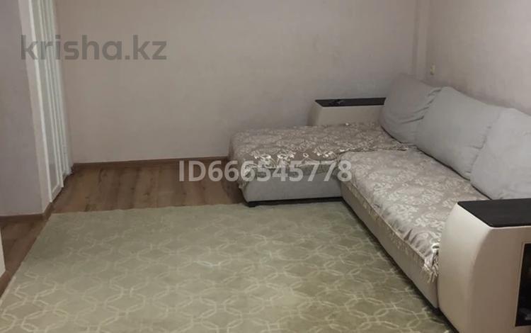 3-комнатная квартира, 56 м², 4/5 этаж, Бурова 17 за 16.7 млн 〒 в Усть-Каменогорске
