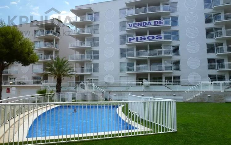4-комнатная квартира, 115 м², Calle Punta Prima 3 за 137.2 млн 〒 в Плайя-де-аро