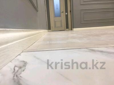 3-комнатная квартира, 70 м², 3/3 этаж, мкр Коктем-1 24 — Шашкина за 27 млн 〒 в Алматы, Бостандыкский р-н — фото 15