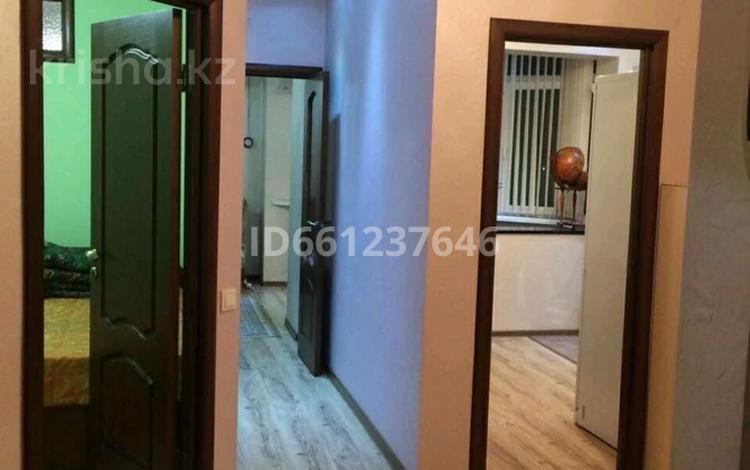 2-комнатная квартира, 50 м², 2/10 этаж, мкр Каргалы, Кенесары хана 54 за 26 млн 〒 в Алматы, Наурызбайский р-н