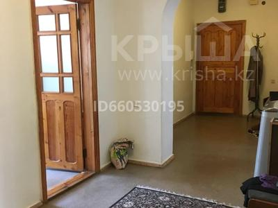5-комнатная квартира, 134 м², 2/5 этаж, проспект Назарбаева 235/2 за 25 млн 〒 в Уральске — фото 5