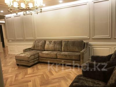 3-комнатная квартира, 150 м², 7/12 этаж помесячно, Алимхана Ермекова 1/1 за 500 000 〒 в Нур-Султане (Астана)