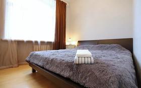 2-комнатная квартира, 74 м², 9/9 этаж посуточно, Тлепбергенова 78 за 11 000 〒 в Актобе, мкр 5