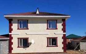 5-комнатный дом, 200 м², 10 сот., Микрорайон Уркер 10 за 39 млн 〒 в Нур-Султане (Астана)