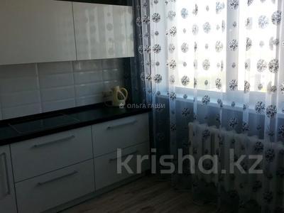 1-комнатная квартира, 45 м², 10/14 этаж помесячно, Сакена Сейфуллина 40 за 135 000 〒 в Нур-Султане (Астана), Сарыарка р-н — фото 4