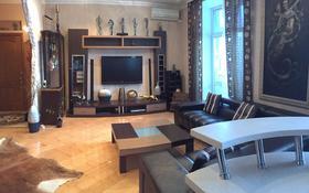 2-комнатная квартира, 60 м², 4/5 этаж, Лободы 7а за 28 млн 〒 в Караганде, Казыбек би р-н