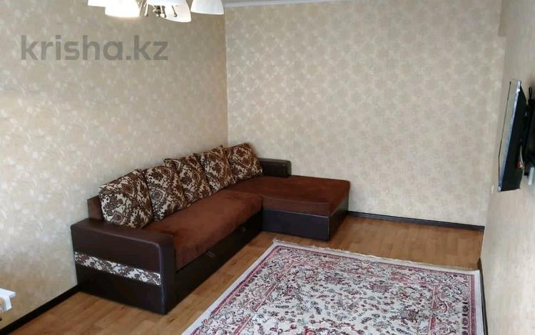 2-комнатная квартира, 46 м², 4/5 этаж, ул Туркистанская 2/5 за 15.5 млн 〒 в Шымкенте, Абайский р-н