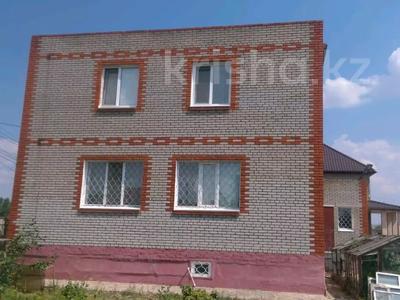 4-комнатный дом, 250 м², 17 сот., МЖК ул. Розовая 11 за 15 млн 〒 в Рудном — фото 3