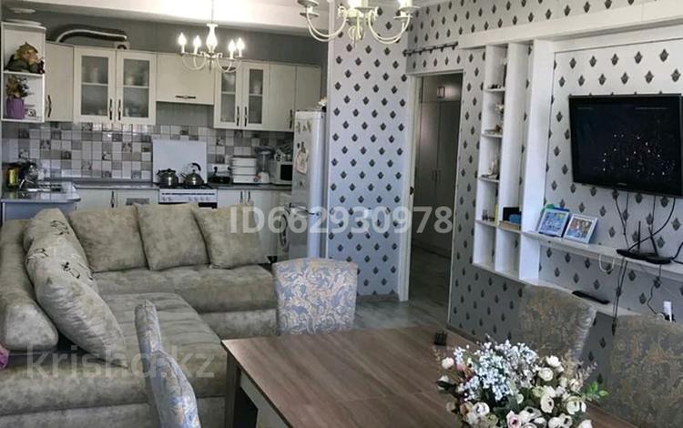 3-комнатная квартира, 75 м², 3/9 этаж, мкр Нурсат 2, Нурсат 20 за 30 млн 〒 в Шымкенте, Каратауский р-н
