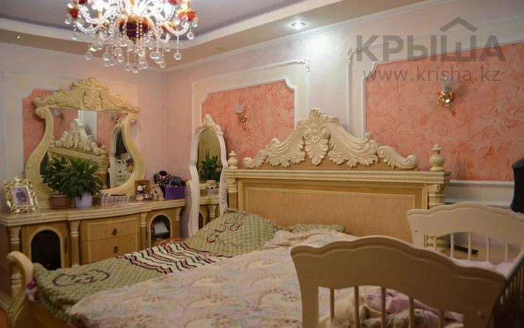 3-комнатная квартира, 120 м², 8/15 этаж, мкр Мамыр-3, Мкр Мамыр-3 за 46 млн 〒 в Алматы, Ауэзовский р-н
