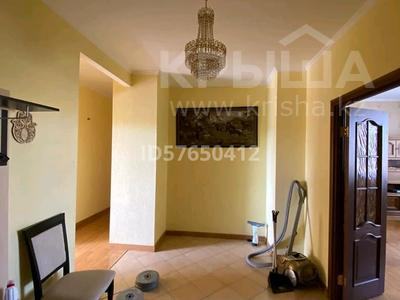 4-комнатная квартира, 170 м², 2/4 этаж помесячно, мкр Новый Город, Ленина за 265 000 〒 в Караганде, Казыбек би р-н — фото 10