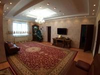 6-комнатный дом, 216 м², 8 сот.