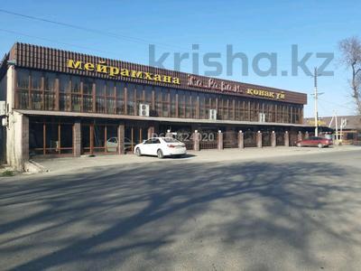 Здание, площадью 2000 м², Алдабергенова 174 — Каблисажырау за 490 млн 〒 в Талдыкоргане