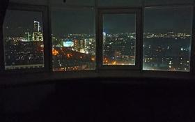 2-комнатная квартира, 76 м², 19/20 этаж помесячно, Сатпаева 30а — Шагабутдинова за 250 000 〒 в Алматы