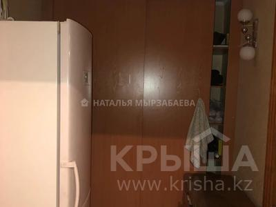2-комнатная квартира, 48 м², 3/5 этаж, Сатпаева 111 за 18 млн 〒 в Алматы, Алмалинский р-н — фото 2