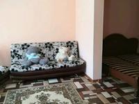 4-комнатный дом, 78 м², 9 сот., Саялы 71 за 4.4 млн 〒 в Караганде, Октябрьский р-н
