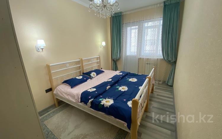 4-комнатная квартира, 160 м², 4/16 этаж посуточно, Кунаева Шымкент 91 — Рыскулова за 35 000 〒