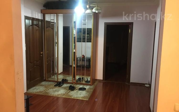 3-комнатная квартира, 110 м², 9/10 этаж, Иманбаевой 8 за 35 млн 〒 в Нур-Султане (Астана)
