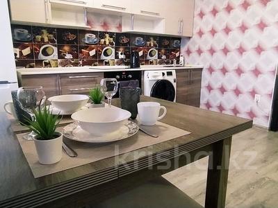 1-комнатная квартира, 35 м² посуточно, улица Протозанова 125 за 12 000 〒 в Усть-Каменогорске — фото 4