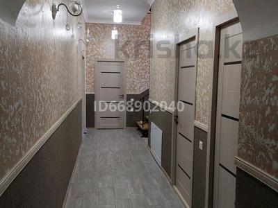 7-комнатный дом, 283 м², 15 сот., пгт Балыкши — Бауыржан Момышулы за 50 млн 〒 в Атырау, пгт Балыкши