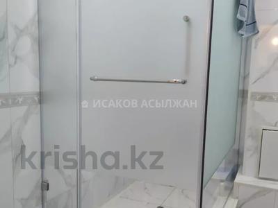2-комнатная квартира, 72 м², 2/12 этаж, Е 49 за 26.6 млн 〒 в Нур-Султане (Астана), Есиль р-н — фото 8