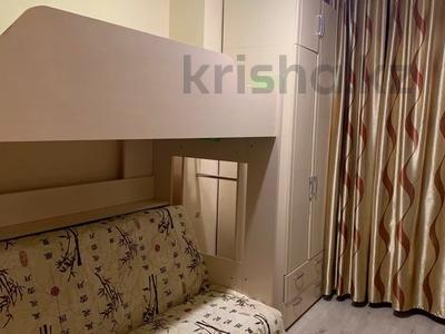 2-комнатная квартира, 54 м², 10/10 этаж, Сатпаева 21 — Майлина за 18.5 млн 〒 в Нур-Султане (Астана), Есиль р-н — фото 9