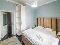 2-комнатная квартира, 65 м², 11/13 этаж посуточно, Гагарина 311 за 18 000 〒 в Алматы