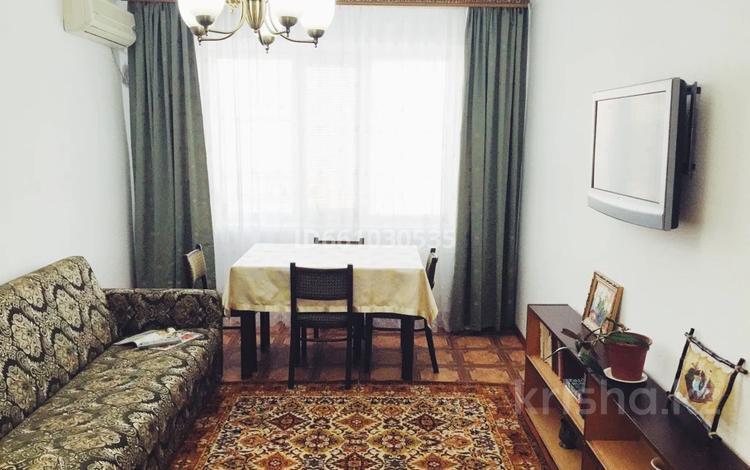 2-комнатная квартира, 45 м², 3/5 этаж, Махамбет за 13.6 млн 〒 в Атырау
