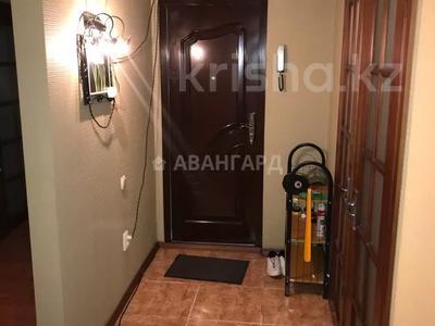 4-комнатная квартира, 85 м², мкр Аксай-4, Улугбека 55 — Бауыржана Момышулы за 25 млн 〒 в Алматы, Ауэзовский р-н — фото 5