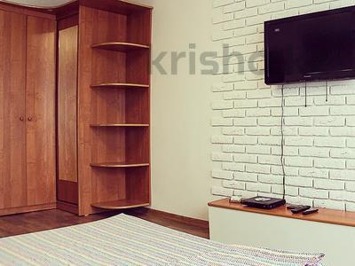 1-комнатная квартира, 30 м², 4/5 этаж по часам, Бектурова 71 — Лермонтова за 1 000 〒 в Павлодаре