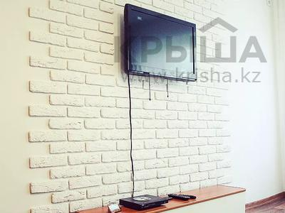 1-комнатная квартира, 30 м², 4/5 этаж по часам, Бектурова 71 — Лермонтова за 1 000 〒 в Павлодаре — фото 2