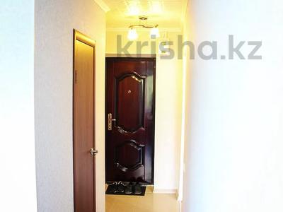 1-комнатная квартира, 30 м², 4/5 этаж по часам, Бектурова 71 — Лермонтова за 1 000 〒 в Павлодаре — фото 3