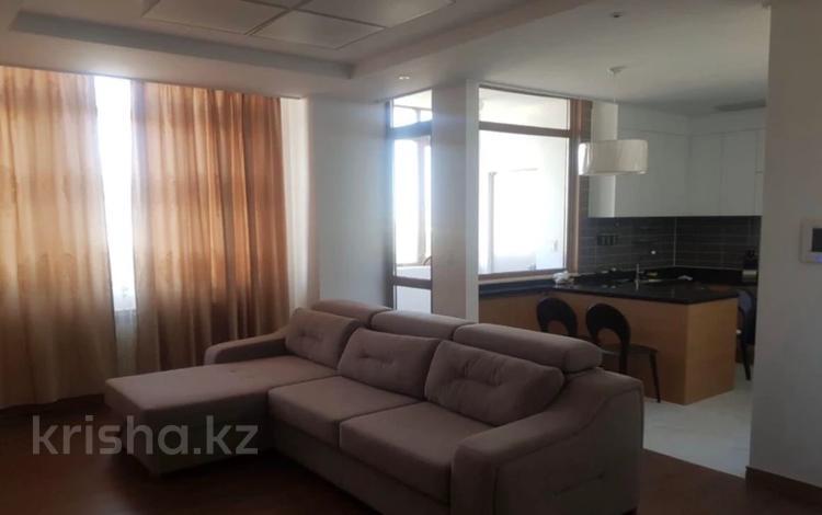 2-комнатная квартира, 60 м², 9 этаж помесячно, Кабанбай Батыра 43 за 200 000 〒 в Нур-Султане (Астана)