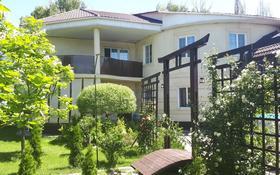 4-комнатный дом, 287 м², 8 сот., 2-ая Остроумова за 68 млн 〒 в Алматы, Турксибский р-н