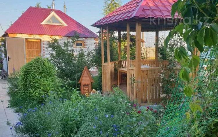 9-комнатный дом, 280 м², 20 сот., Авангард за 34.5 млн 〒 в Атырауской обл.