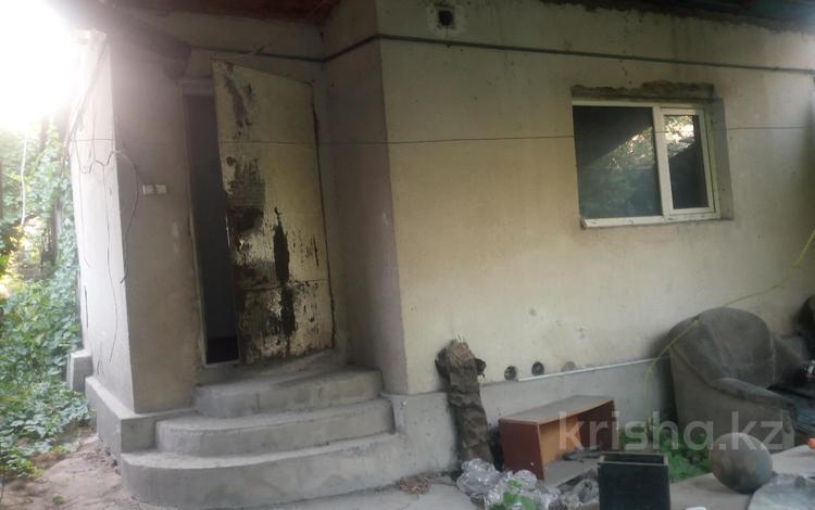 2-комнатный дом, 43 м², 4 сот., Белинского — Тисленко за 10.5 млн 〒 в Алматы, Турксибский р-н