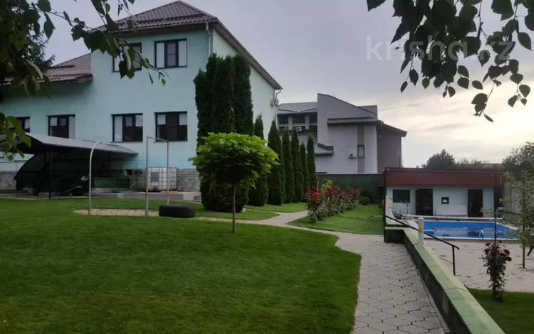 6-комнатный дом, 400 м², 13 сот., мкр Коктобе, Кыз Жибек 43 за 180 млн 〒 в Алматы, Медеуский р-н