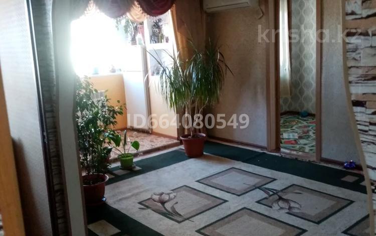 2-комнатная квартира, 49 м², 2/3 этаж, проспект Нурсултана Назарбаева 67/1 за 9 млн 〒 в Уральске