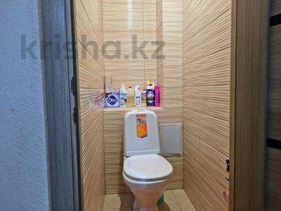 3-комнатная квартира, 65 м², 7/9 этаж, Мкр Строитель за 16.3 млн 〒 в Уральске