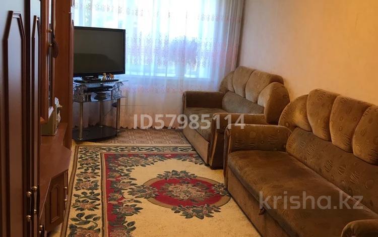 3-комнатная квартира, 81.3 м², 1/5 этаж, Водная 2 за 14 млн 〒 в Семее