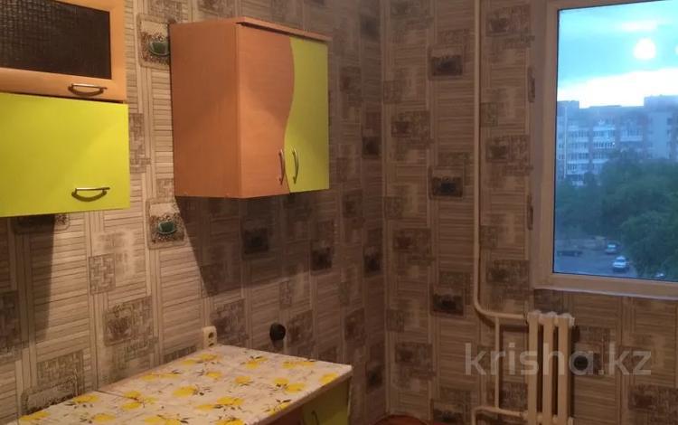3-комнатная квартира, 65 м², 6/10 этаж помесячно, Сатпаева 2 за 80 000 〒 в Усть-Каменогорске