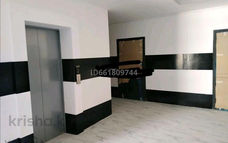 1-комнатная квартира, 44.5 м², 8/9 этаж, Батыс 2 за 8.5 млн 〒 в Актобе, мкр. Батыс-2