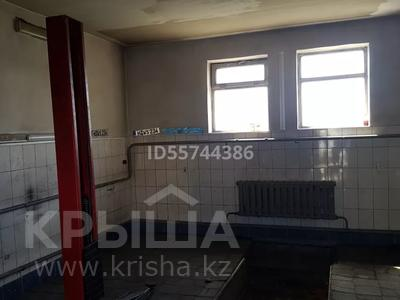 Магазин площадью 247.8 м², улица Дулатова 221 — Мамай батыра за 33 млн 〒 в Семее — фото 18